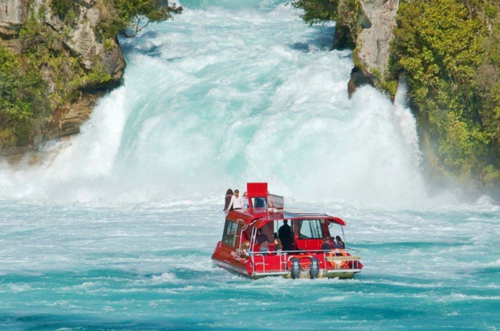 Huka River Cruise